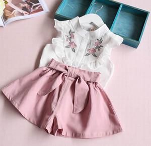 Лето девушки наборы Baby Girl Flower Вышитая рубашка + шорты Bow 2PCS нарядах Костюм Детская одежда 2-6Y LT025