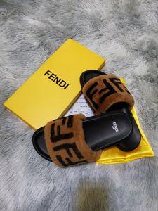 2020 Leadcat Fenty Rihanna Ayakkabı Kadınlar adam Terlik Kapalı Sandalet Kızlar Moda çizikleri Gri Kürk Slaytlar ile Kutusu Yüksek Kaliteli V380