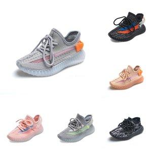 2020 Enfants Bébé Kid Clay V2 Chaussures de course Kanye West Blakc statique 3M Reflective Zebra Beluga 2.0 Garçon Fille Sport Chaussures de sport Tim Formateurs 28F6 # 73