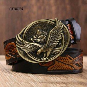 Le cinghie di cuoio degli uomini casuali GFOHUO nuovo modo maschile di prima qualità Aquila Totem rame Smooth Retro Belt Buckle per gli uomini di jeans Y200520