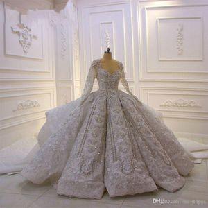 2020 Super-Luxus Dubai Stil Ballkleid Brautkleider Vintage weg Schulter Langarm Scheinsequins-Kristalle Perlen Brautkleid