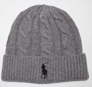 Nuova Francia mens stilisti cappelli inverno cofano del cappello del Beanie maglia di lana più il berretto di velluto skullies maschera spessa Berretti Fringe cappelli uomo