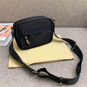 Borsa a tracolla da uomo in tela di lusso classica classica di trasporto libero globale borsa dimensioni 21 cm 16 cm
