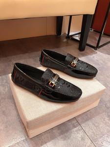 19ss модных дизайнеров новый бренд мужской свободного покроя обувь роскошные подлинная кожаный низкая скольжения на мужчин мокасины высокое качество Мужские брюки платье HY681