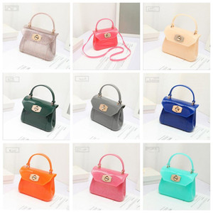 Дизайнер сумка девушка Желе сумка Марка Candy Цвет Блеск ПВХ принцесса Сумка мода Сумка Crossbody сумка для хранения сумка C332