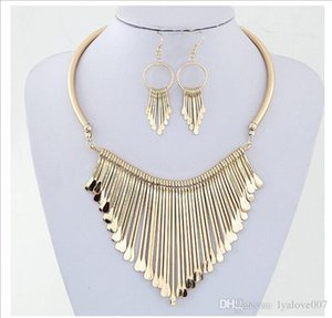 fashion jewelry sets Gold Plated Clear Austria Crystals Drop Earrings and Pendant Necklace Jewelry Sets