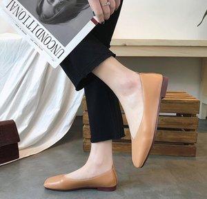 2019 인기있는 여름 호화로운 숙녀 한국어 판 스타일의 플랫 신발 블랙 카키색 여성의 유목민 샌들 Party Sexy Fashion Ladies Shoes