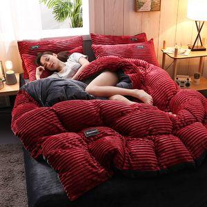 4PCS Seti Flanel Nevresim Nevresim Takımı yumuşak rahat Kalınlaşmış Sıcak Nevresim Çarşaf Yastık Yatak DHL WX9-1900 çift taraflı