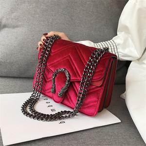 Bordado clásico cerradura de terciopelo del bolso del bolso de las mujeres de lujo Deaigner Invierno Nueva cabeza de serpiente bolsa de línea ondulada mujeres de la cadena del bolso elegante del temperamento