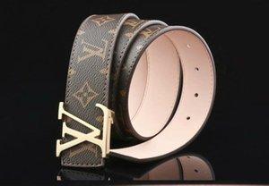 cinture di lusso cinghie designer per gli uomini GG cinghia dell'inarcamento maschile cinture di castità mens superiori di modo cinghia di cuoio all'ingrosso libero di trasporto