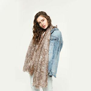 Bufanda larga de la serpiente de las mujeres señoras suaves de algodón lino bufanda de impresión bufanda del mantón de gran tamaño otoño e invierno bufandas de playa de alta calidad