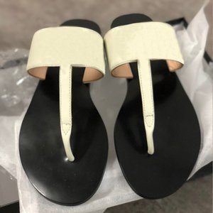 2020 Luxury designer slides Women flip flops Leather Women sandal with Double Metal Black White Brown slippers Summer Beach Sandals with BOX