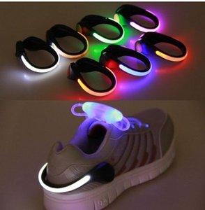 Utile extérieure LED lumineux outil Clip de chaussure de sécurité Night Light LED d'avertissement lumineux lumière attrayante flash pour la course à vélo 20