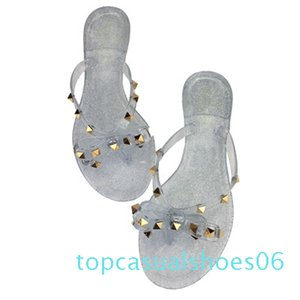 2019 fashion women sandals flat jelly shoes bow V flip flops stud beach shoes summer rivets slippers sandals nude t06