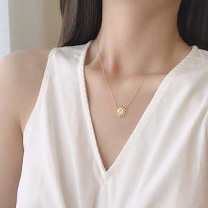 925 Sterling Silver Sun Moon Collana della cavità del fiore sole d'oro collana Minimalista monili di lusso elegante delle donne