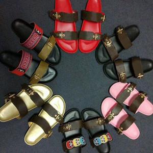 Tasarımcı Ayakkabı Kadınlar BOM DIA Düz Katır Slide Sandal Moda Lady Letter Baskı Deri Lastik Sole Terlik Büyük Boy 35-46