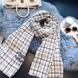 Mujeres de la manera de calidad alta de lana otoño e invierno bufanda de punto carta a cuadros clásicos pañuelo bordado tamaño chal bufanda 180 * 70cm
