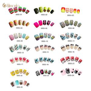 24pcs / lot Faux ongles mignon Nail Design Art Faux Conseils moyen couverture complète faux ongles avec de la colle pour enfants / filles Pré Conçu Mode