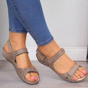 Shujin 2020 Новое лето сандалии женщин плоские женские Комфортная голеностопного Hollow Круглый Toe сандалии мягкой подошве обуви Sandalias Mujer T200605