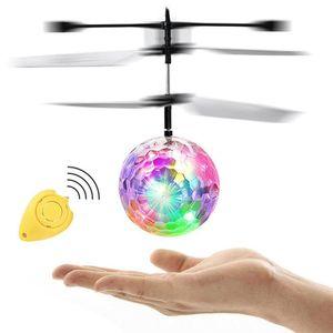 Juguete inteligente de la mano de detección Flying Robot niños juguetes electrónicos del avión Suspensión juguetes para mascotas Niño Inteligente Acción El mando del robot