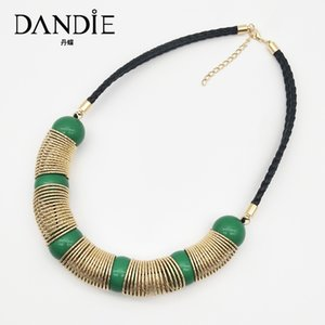 Dandie Fashionable acrylic and metal necklace, simple female accessories