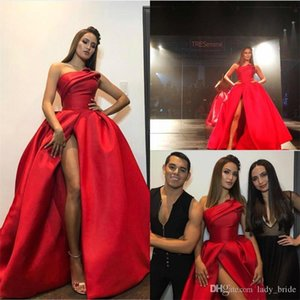Rojo más el tamaño de visitantes vestido sin tirantes atractivo de los vestidos de noche del lado de desgaste de Split Largo 2020 Prom Vestidos