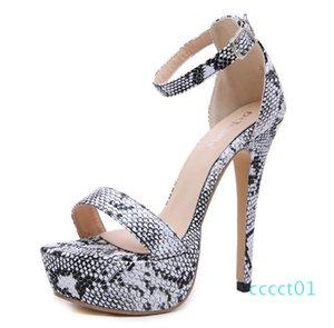 Artı boyutu 35-40 41 42 şık hayvan baskılı yüksek topuk parti ayakkabı lüks tasarımcı topuk bayan ayakkabı CT1