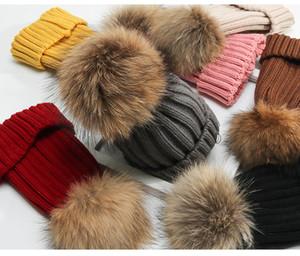 Sevimli Sıcak Kış Bere Ayrılabilir Real Rakun Kürk Pom Womensids Kızlar Sıcak Örme Beanie Hat Çocuk Hip-hop Casual Kaflı kasketleri Bonnet