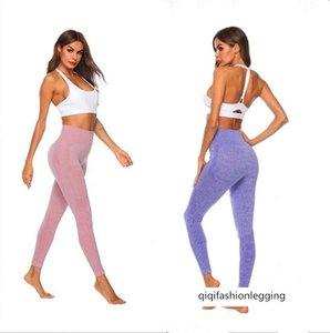 Dikişsiz jakarlı nokta spor yoga pantolon kalça nem emme terleme spor hit külot örgü sıkı pantolon kadın