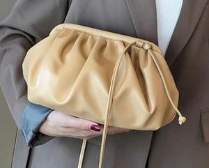 Designer bolsas Mulheres 2020 New Luxury Ombro Mensageiro selvagem Foreign Bag Simples Moda Nuvem Bag H