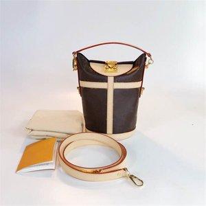 kutu ile A001 SICAK Tasarım lüks moda erkekler kadınlar presbiyopi kızartması omuz Messenger çanta kova çanta Yüksek kaliteli hızlı teslimat