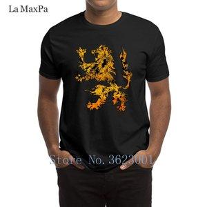Designer Novelty T-shirt Leone araldico Araldica Grungy Distressed maglietta umoristico La luce del sole Uomini Tee Shirt comico O Collo Tshirt