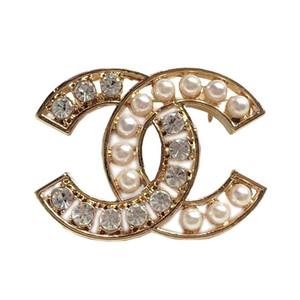 Il modo Europa ed Designer di lusso Pins Spille placcate oro Lettera Spille Pins per gli uomini le donne per la festa nuziale Nizza regalo