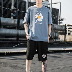 2020 Mens Designer Fashion Tracksuit top medusa Embroidery Luxury Summer Sportswear Short Sleeves men short sets Suits O-Neck Sportsuit fdsh