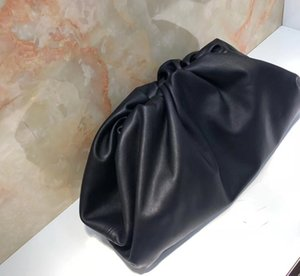 China Factory Supply Divers Western Luxury Designer Italie Peau de vache Cuir véritable IT-Cloud Sac Sacs SOIRÉE sac à main noir élégant CLUCTH