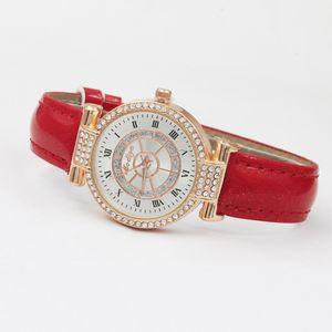 New Rhinestone Mulheres Quartz Relógios Ladies Watch pulseira de couro de cristal de diamante Leme O tempo do relógio numeral relógio de pulso Pulseira Moda Roman