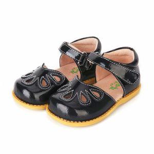 TipsieToes 가죽 샌들 여름 새로운 소년과 소녀 어린이 해변 신발 아이 스포츠 샌들 Y18110304에서 100 % 부드러운 가죽