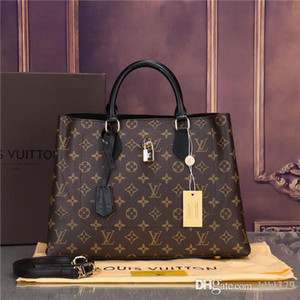 2019 hot new high quality chain shoulder fashion bag casual fashion bag tassel decoration single shoulder handbag21 AA178