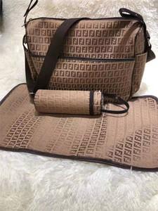 Sacchetto del pannolino del bambino con interfaccia USB di grande capienza impermeabile pannolino Bag Kit Mummy Maternity Nursing zaino da viaggio borsa