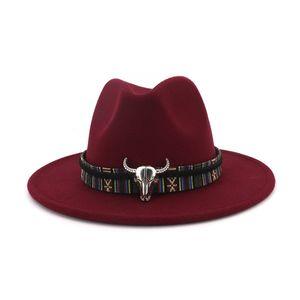 Fashion- large Brim Cowboy Hat Fedora Bull Head Décoration style national Hommes Femmes en feutre de laine Trilby ethnique Gambler Chapeaux Casquettes Jazz Panama