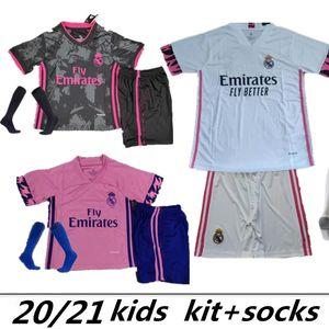 KIDS بالقميص لكرة القدم KIT 20 21 HAZARD يوفيتش BENZEMA camiseta دي فوتبول 2020 2021 VINICIUS RODRYGO مودريتش الطفل قميص كرة القدم HOMBRES NIÑOS