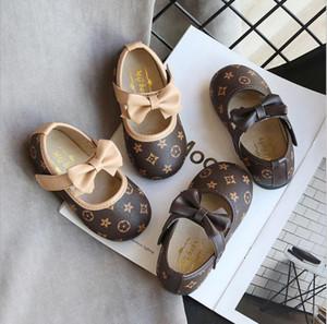 Kinder Freizeitschuhe Kid Baby Einzel weicher Tanz Fest Beleg auf Schuhen Bowknot Leder Prinzessin Schuhe