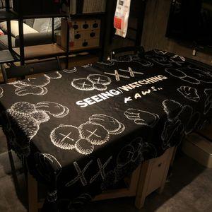 Design di lusso di marea di marca marchio popolare Tovaglia Sesame Street KAWS Tabella Mat impermeabile Oil-Proof Wash-Free antimacchia TableC nero