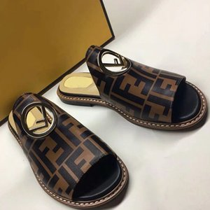 شباشب صنادل مصمم أحذية صندل فلات عالي الجودة صندل فاشن سنيكرز صنادل Send Beautiful Box by Shoe07 FD1603