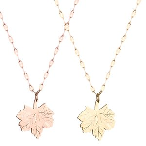 2020 Fashion Gold-plated Necklace Maple Leaf Titanium Steel Collarbone Chain Pendant Jewelry