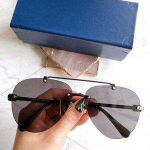 Luxury Designer Cat eye Lunettes de soleil femmes Vintage métal réfléchissant Lunettes Homme Miroir rétro Oculos De Sol Gafas élégant pilote Sunglass