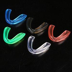 Adult Boxen Zähne EVA-Material Weihnachts Taekwondo Mondkapjes Medisch Sport Protektoren schützen Zähne