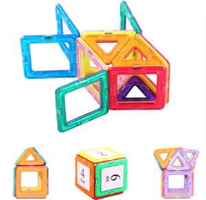 Per bambini di puzzle blocco magnetico pezzo giocattolo 30pcs (triangolo 8pcs 6pcs + Quadrato + 16pcs numero di carta)