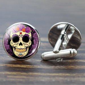 Skull gemelli per gli uomini d'argento Suit Camicia migliori gemelli dell'uomo Set Zucchero Skull gioielli in vetro Cabochon Gemelli regali di modo