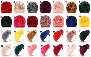 28 Renkler Bebek Şapka Bebek Knot Bow Headwrap Pleuche Kafa Elastik Sonbahar Kış Sıcak ilmek Hindistan Saç Aksesuarları Kulak Isıtıcı